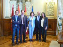 De izquierda a derecha: Rodrigo Gomez (CESEFOR), Jesús Enriquez (Concejal de Medio Ambiente),Susana Domínguez (SDL), Francisco. J León de la Riva (Alcalde de Valladolid), Carlota Tarín (ICLAVES)